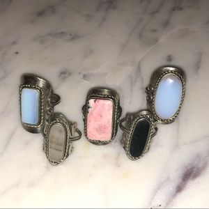 Set of 5 agate stone rings
